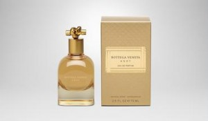 Novo perfume feminino Knot
