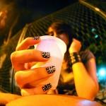 Garota bebendo